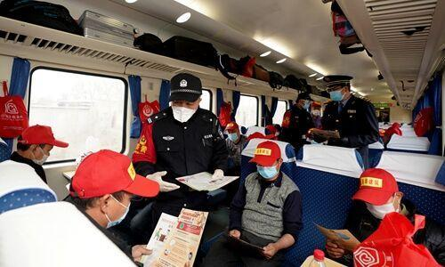 خبرنگاران پکن برای بازگشت نیروی کار از ووهان آماده می شود