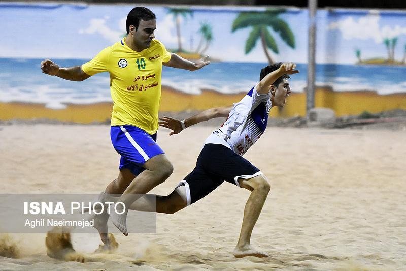 دنیا نژادیان مقتدرانه به لیگ برتر فوتبال ساحلی برمی شود