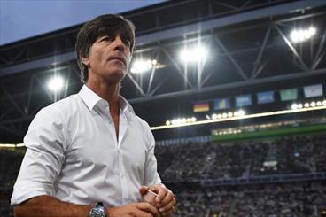 یواخیم لو بی هیچ شرطی در تیم ملی فوتبال آلمان ماند